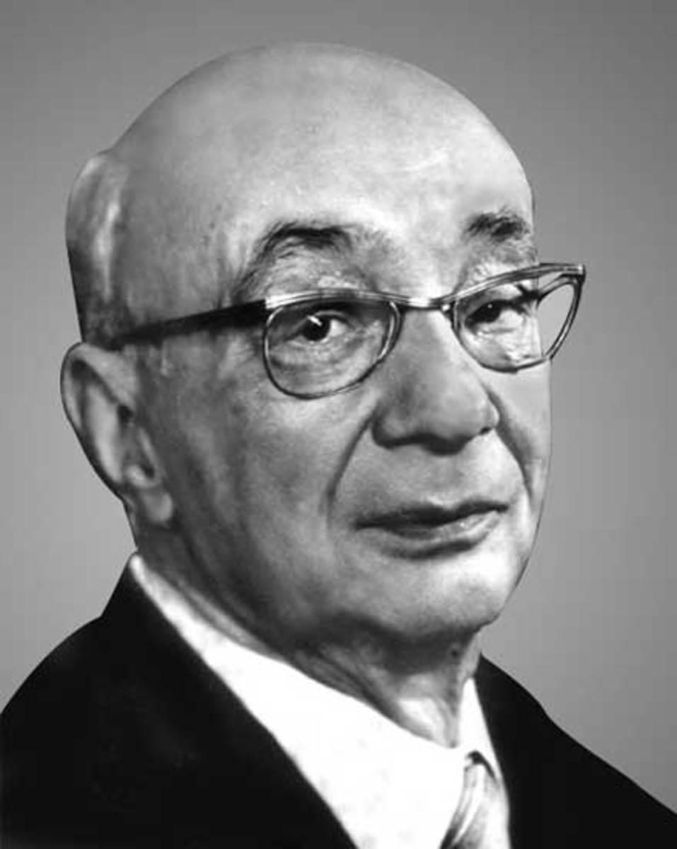 Николай Бажан