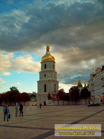Дзвіниця Софії Київської